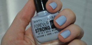 Maybelline Forever Strong Pro Porcelain Collection – Ceramic Blue