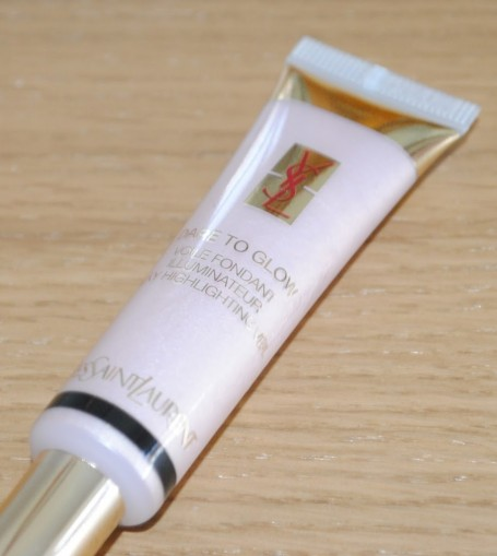YSL Dare to Glow in Naughty Pink No 3
