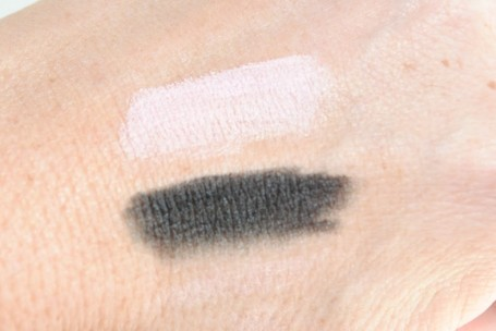 17 Jumbo Eyeliner Perk & Paint