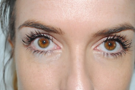 max+factor+clump+defy+mascara+review+swatch