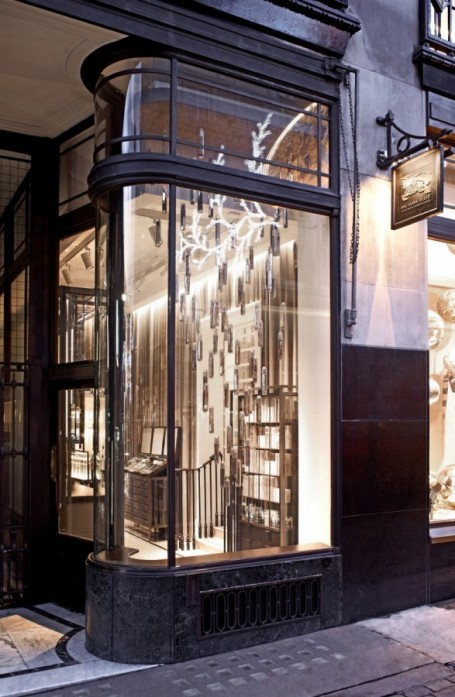 Burberry+beauty+counter+regent+street