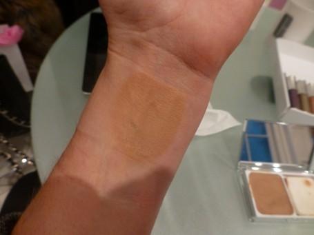 clinique+even+better+compact+makeup+swatch