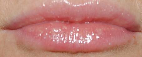 clarins+gloss+prodige+water+lily+09