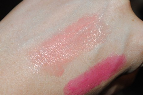 tom+ford+lip+color+shine+frolic+swatch