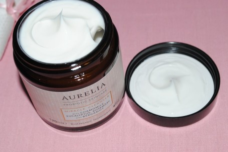 aurelia+miracle+cleanser+review+swatch