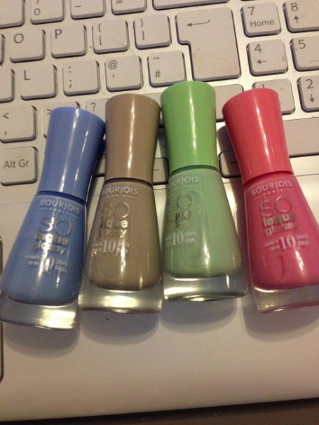 bourjois+so+laque+glossy+Adora-bleu 06, BCBeige 03, Amande defile 04, Peach and love 08