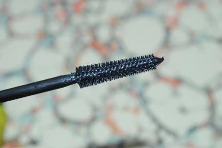 rimmel+lash+accelerator+endless+mascara+review+brush