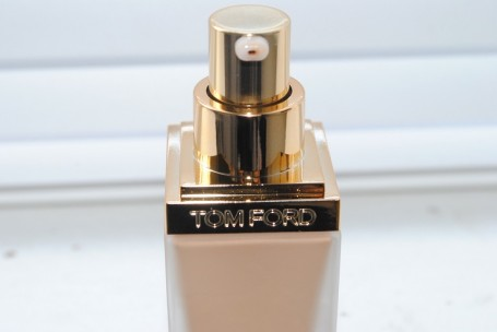 tom+ford+traceless+foundation+review+photo