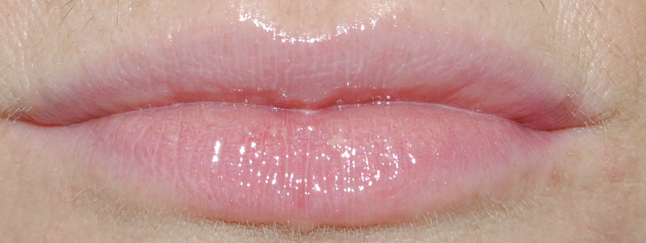 Instant Light Natural Lip Perfector Review