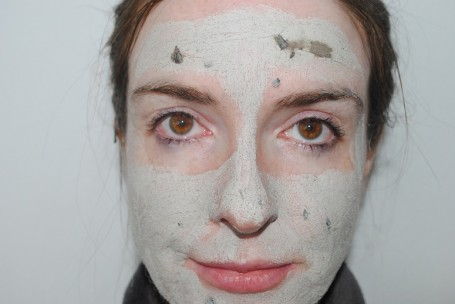 glam-glow-mud-mask-review-dry