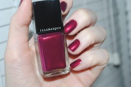 illamasqua-charisma-nail-polish-swatch