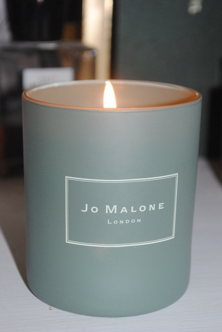 jo-malone-rose-rosemary-charity-candle-2013