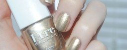 kure-bazaar-nail-polish-or-pur-428x2861