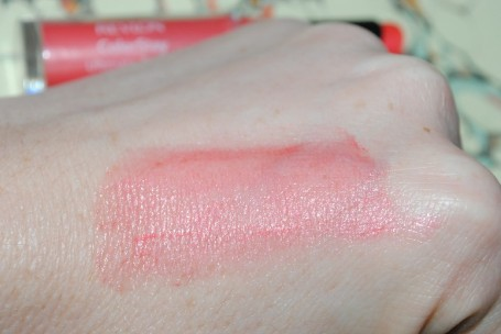 revlon-color-stay-ultimate-suede-lipstick-review-it-girl-060-swatch