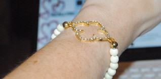 Gold Clover Bracelet from Wish Jewellery