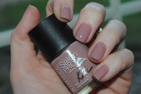 rimmel-salon-pro-lycra-nails-soul-session-237-swatch