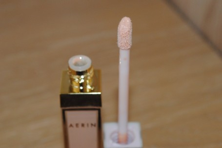 aerin-lip-gloss-shell-06-review-swatch