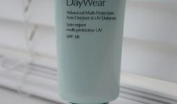 estee-lauder-daywear-spf-50-review-428x6391