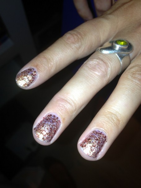 seche-nails-christmas-swatches-flash