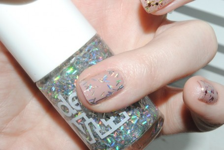 models-own-fireworks-sparkler-swatch