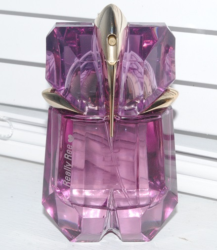 personalised-thierry-mugler-fragrance-alien