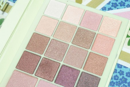 pixi-perfection-palette-lit-up-lovely-review-eye-shades
