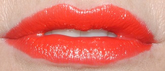 rimmel-moisture-renew-lipstick-swatch-in-love-with-ginger