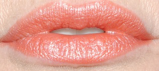 rimmel-moisture-renew-lipstick-swatch-saved-by-the-bell