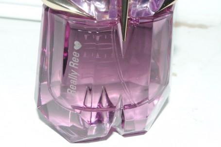 thierry-mugler-personalised-fragrance-engraving