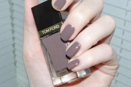 tom-ford-nail-black-sugar-autumn-13