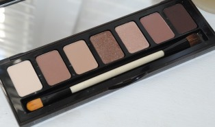 Bobbi Brown Rich Chocolate Eye Palette Review, Photos, Swatches.