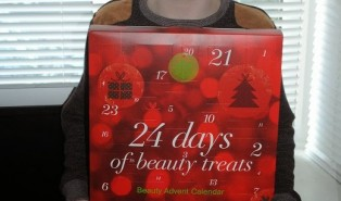 Boots Beauty Advent Calendar Review and Product Photos