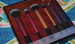 Real Techniques Sam's Picks Makeup Brush Collection Review