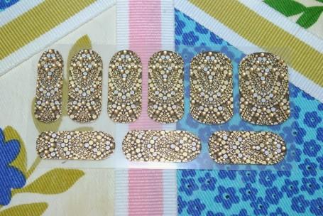 revlon-marchesa-3d-nail-wraps-gilded-mosaic