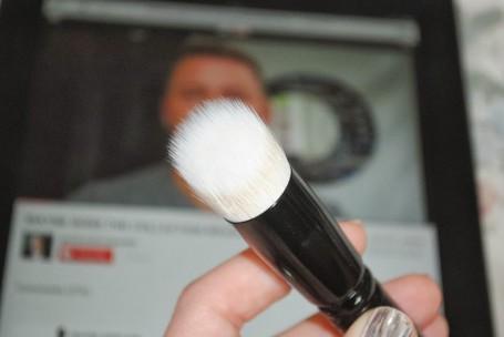 wayne-goss-makeup-brush-1-review
