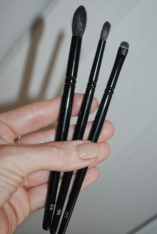 Wayne Goss Makeup Brush Collection Review And Photos