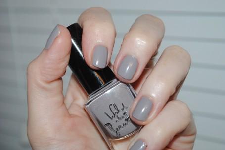 wild-about-beauty-nail-polish-joe-taupe-swatch