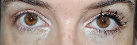 bobbi-brown-smokey-eye-mascara-review-swatch-2-coats