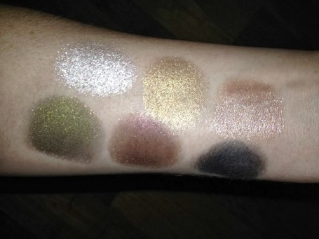 bourjois-color-edition-24h-cream-eye-shadow-swatches