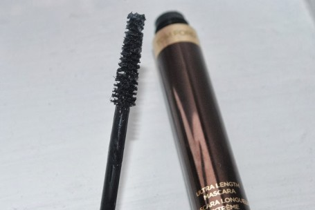 tom-ford-ultra-length-mascara-review-brush