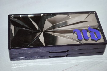 urban-decay-shattered-face-case-review