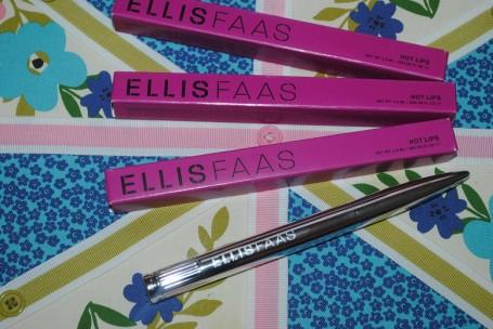 ellis-faas-hot-lips-review