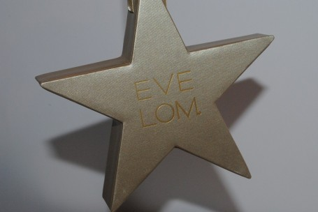 eve-lom-christmas-kiss-mix-star-review