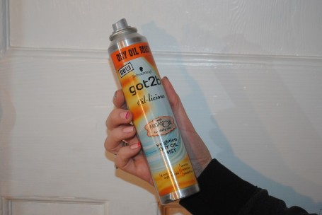 Schwarzkopf-Got2b-Oil-licious-Dry-Oil-Mist-Review
