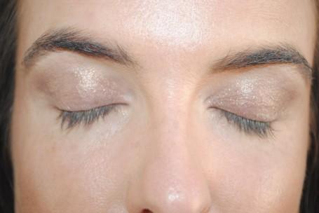 bobbi-brown-long-wear-cream-eyeshadow-stick-bronze-review-swatch