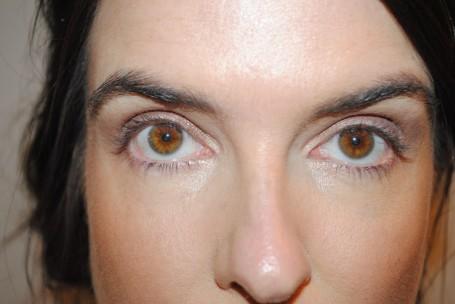 bobbi-brown-long-wear-cream-eyeshadow-stick-review-bronze