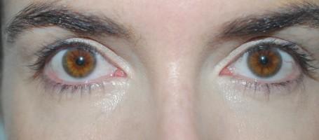 Bourjois-123-Perfect-CC-Cream-review-eye