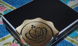 glossy-box-limited-edition-christmas-box-428x2861