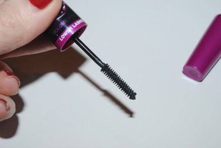 maybelline-big-eyes-mascara-review-lower-lashes