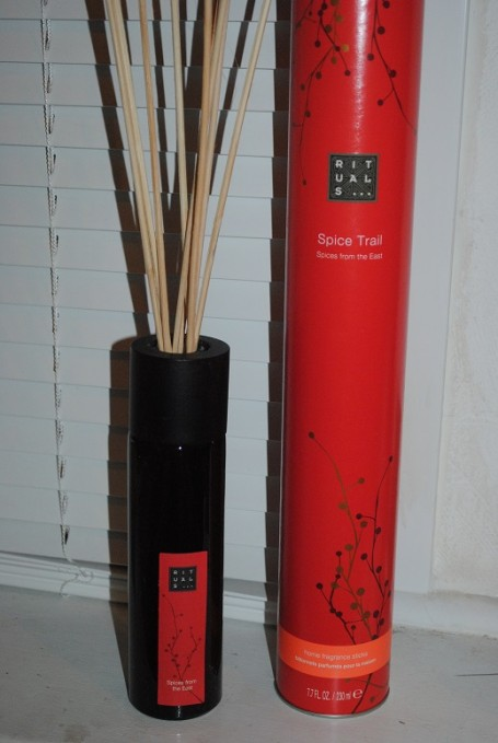 rituals-spice-trail-fragrance-sticks-review